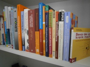 Bücher quer Burnout